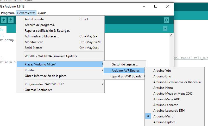 Asegúrate de seleccionar la placa Arduino correcta antes de subir el programa